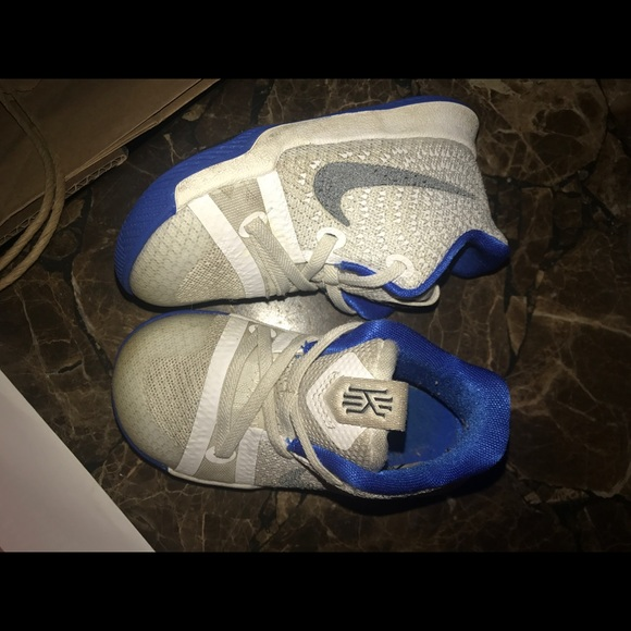 43c46378f932 Nike Kyrie Irving size 7c baby toddler sneaker